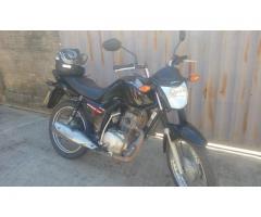 Motocicleta Fan 125 ano 2015